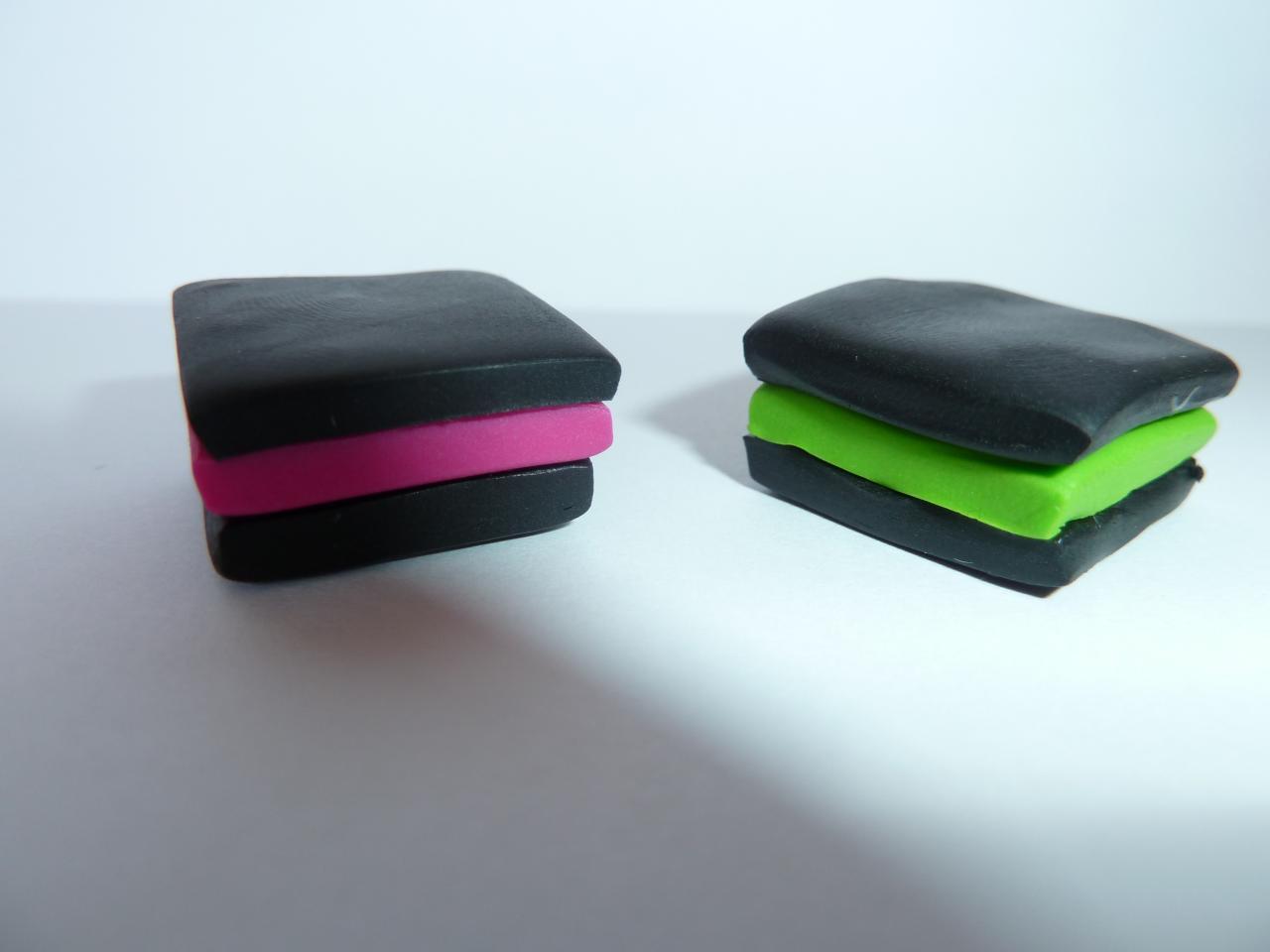les aimants. Black Bedroom Furniture Sets. Home Design Ideas